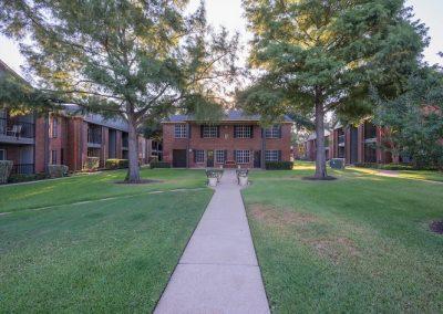 Westview_Apartments_1